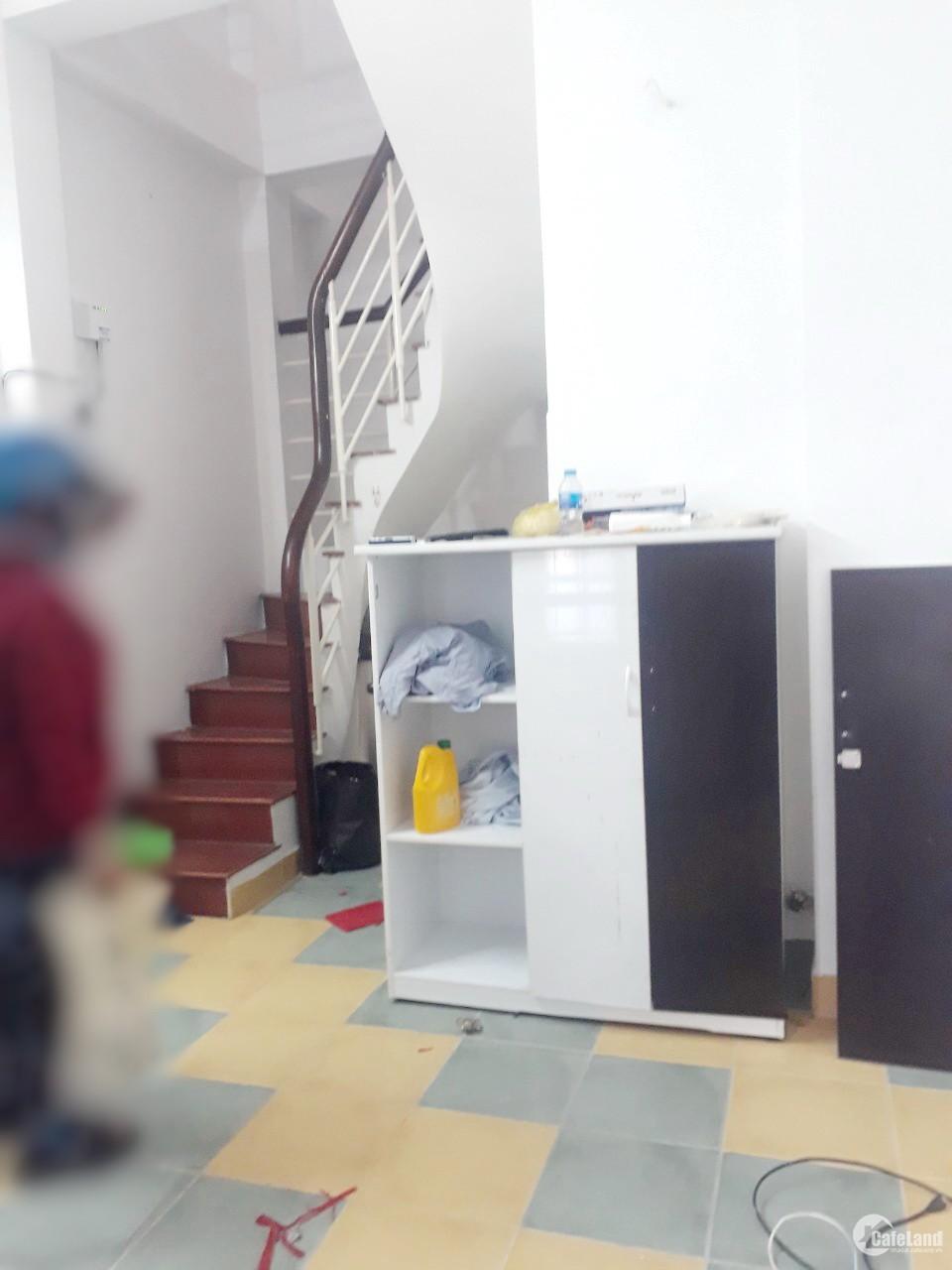 Nhà 3.17*5.7m, 2 tầng, 2PN, hẻm 119 Nguyễn Thị Tần P2 Q8