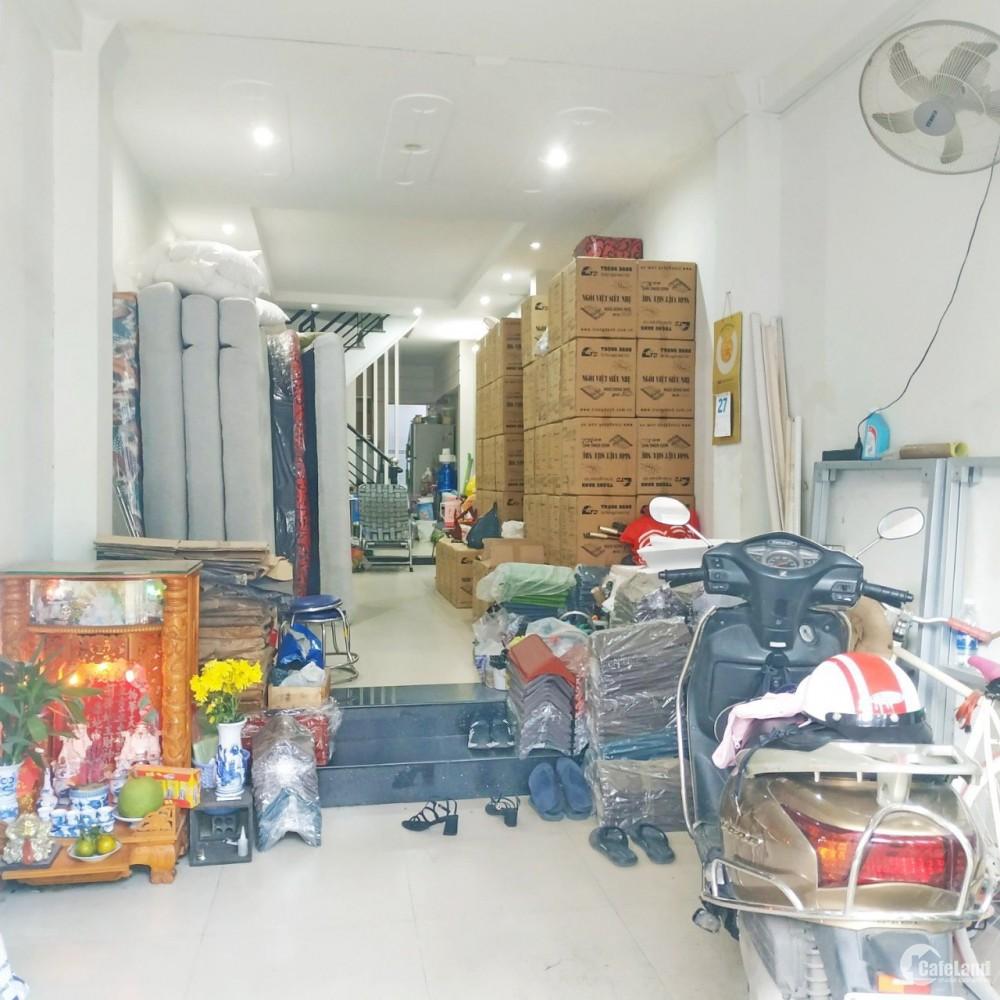 Nhà nở hậu, SHHC, 4 lầu mặt tiền đường chính Hồ Thành Biên P4 Q8