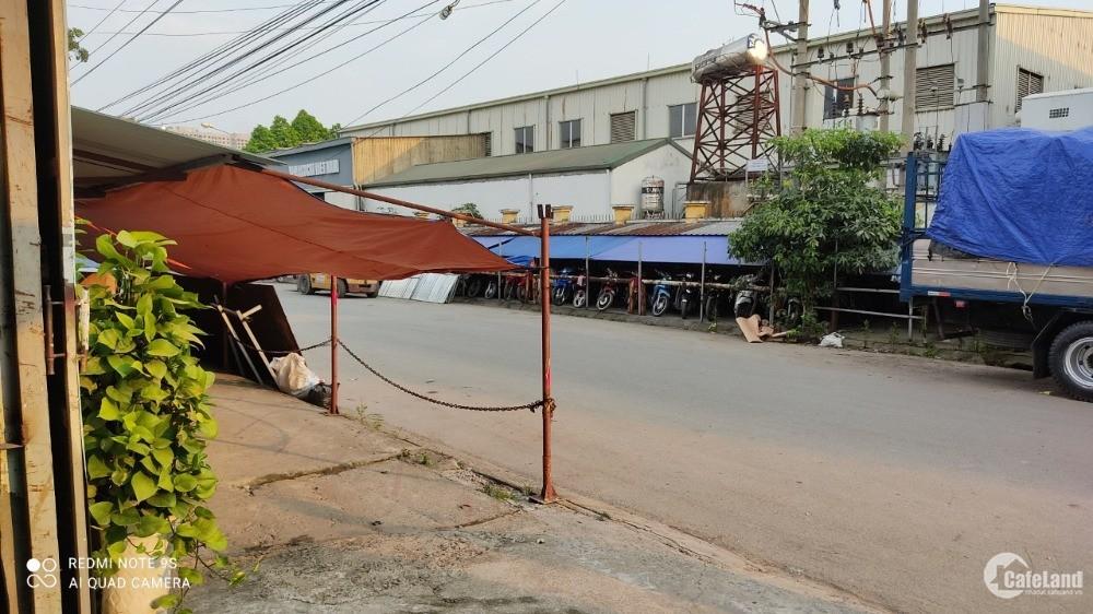 - Chính chủ cho thuê nhà xưởng 200m2, 500m2, 1000m2 tại KCN Nam Thăng Long.