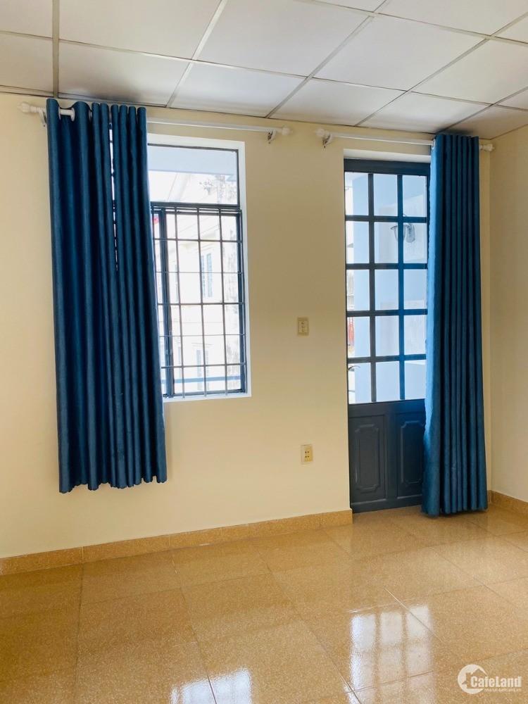 Cho thuê nhà hẻm 1050 Quang Trung, P8, Gò Vấp, 6x12m, 1 trệt, 2 lầu, 9 tr/thg
