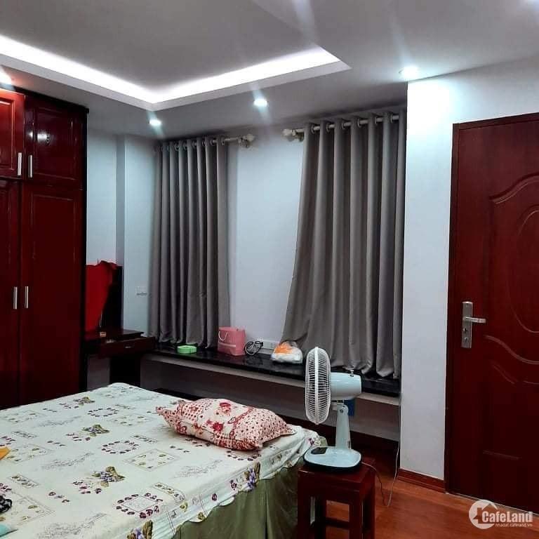 Bán căn hộ chung cư Sun Square tầng 31 tháp B lô góc 98m, 3 ngủ 2 phụ Giá 3,2 tỷ