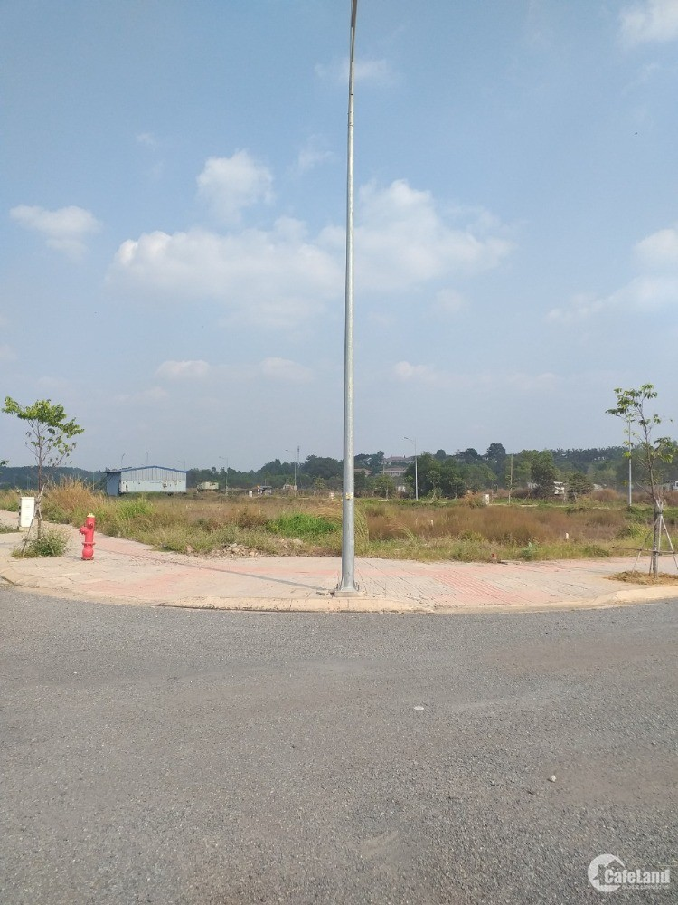 Gia đình cần tiền bán gấp lô đất thuộc khu đô thị Paradise Riverside thuộc Phườn