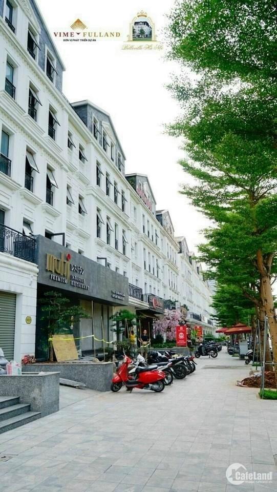 Nhà Mặt Phố Quận Cầu Giấy   Vị trí thương mại hạng A - Đang KINH DOANH sầm u