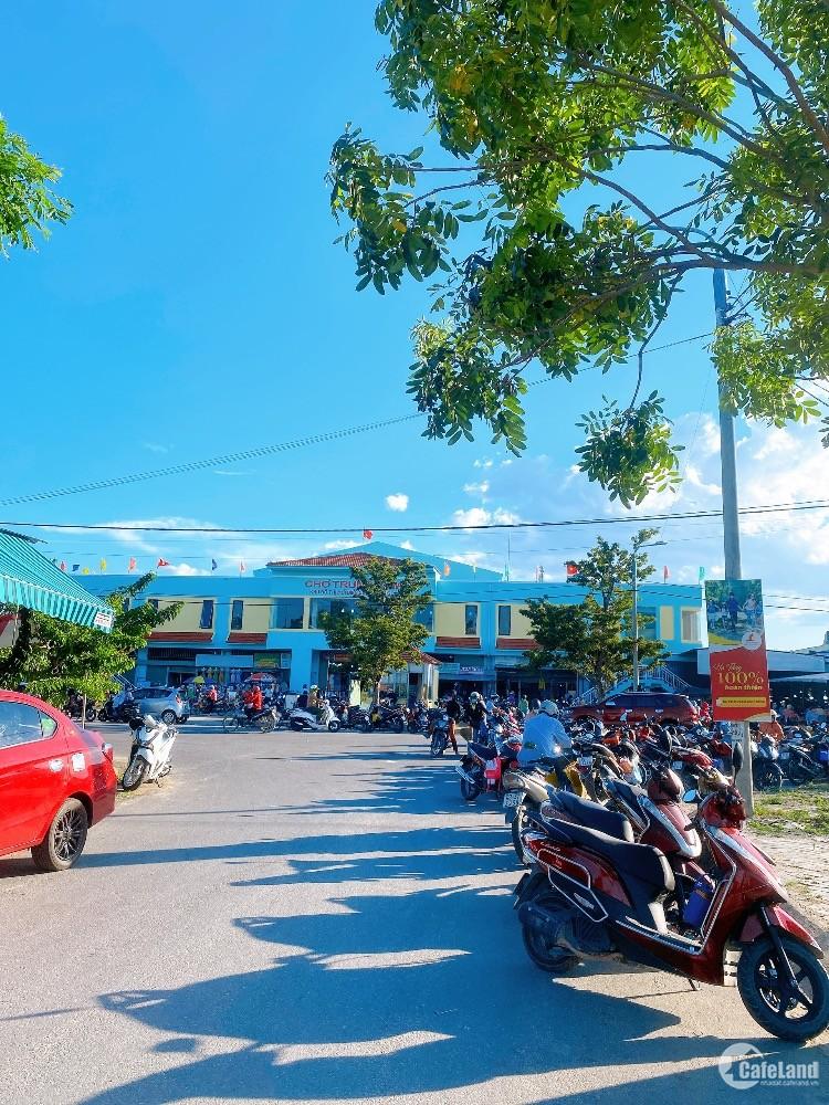 Chính chủ cần bán 2 lô đất liền kề đối diện chợ Điện Nam Trung, kinh doanh rất t