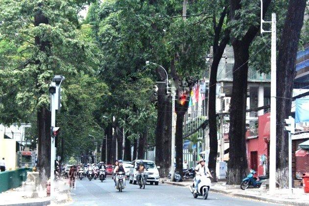 Bán MT 138ABC Nguyễn Đình Chiểu Q 3, 15x22,CN:327m2, 800tr/m2- 0933644449
