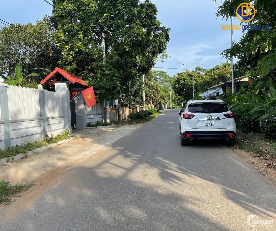 Bán ngay lô đất 102.4m2 Sơn Tây Hà Nội cần bán gấp LH: 0586229999