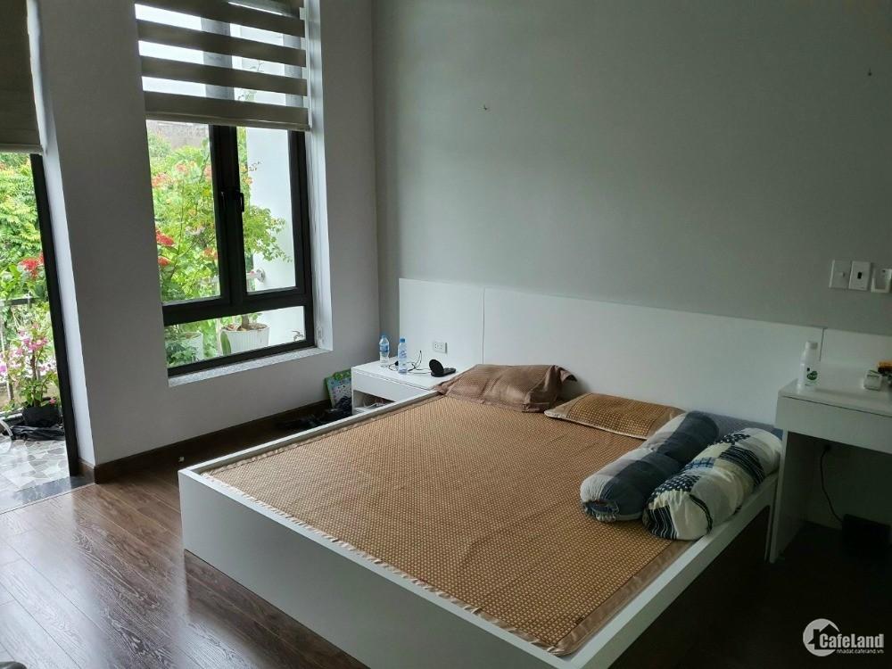 Bán nhà vườn Tuệ Tĩnh, TP HD, 128m2, 2 tầng, 4 ngủ, gara, mt 8m, hướng đông, giá