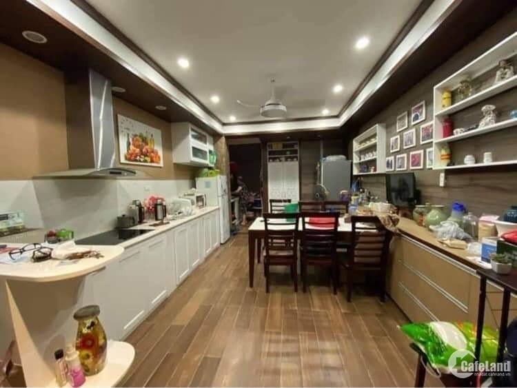 Dương Quảng Hàm, 70m x 5 tầng, 7 chỗ vào nhà, kinh doanh, 2 mặt thoáng