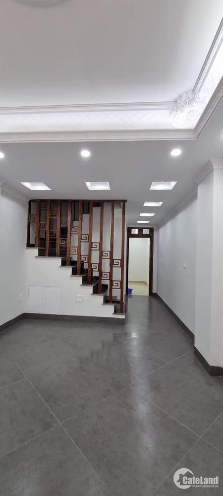 Nhà đẹp phố Ngọc Lâm 50m, 6 tầng, ô tô vào nhà, kinh doanh, nhỉnh 8 tỷ
