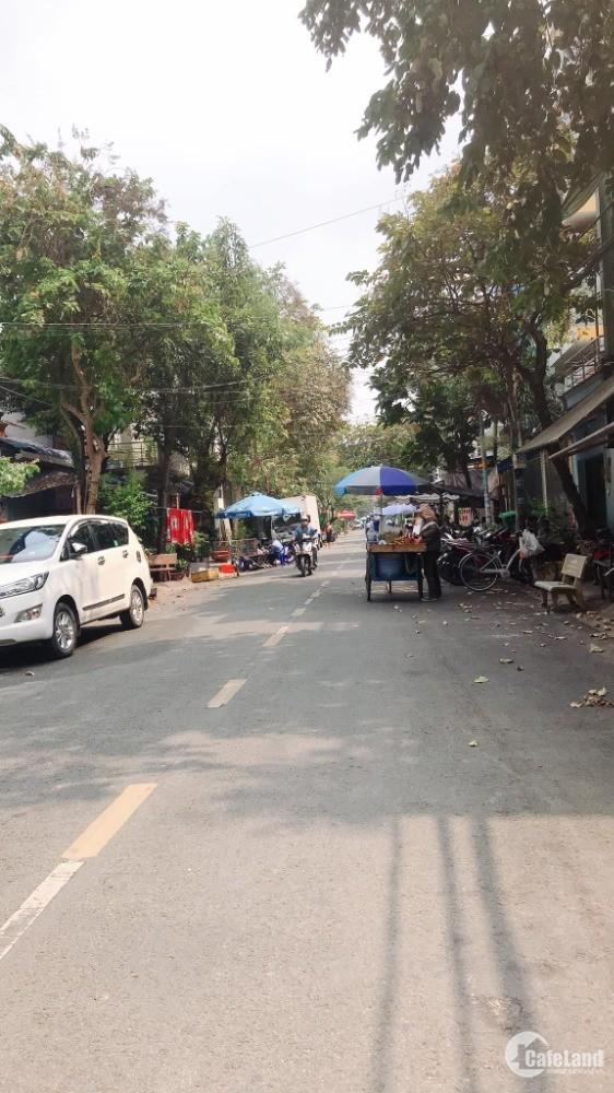 Nhà mặt tiền 13m, khu nội bộ, phân lô, kế Nguyễn Sơn, Thạch Lam, nhà chính chủ