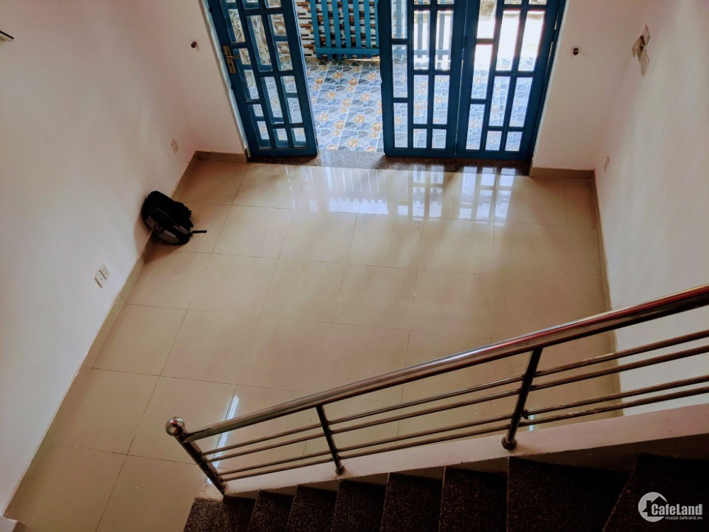 Nhà Thoại Ngọc Hầu Phú Thạnh Tân Phú 40m2 2T 2PN nhiều tiện ích xung quanh,4tỷ05