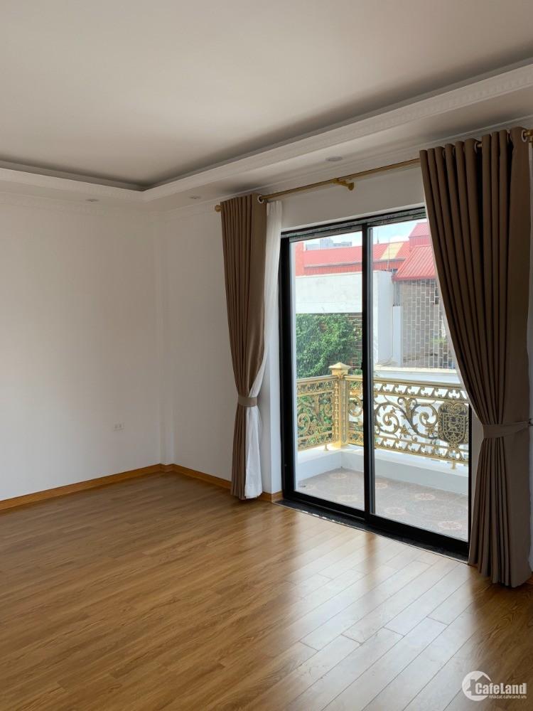 Bán nhà Kinh Doanh, 7 tầng Thang Máy, Ô Tô tránh 50/60m, Gara 15.5 Tỷ