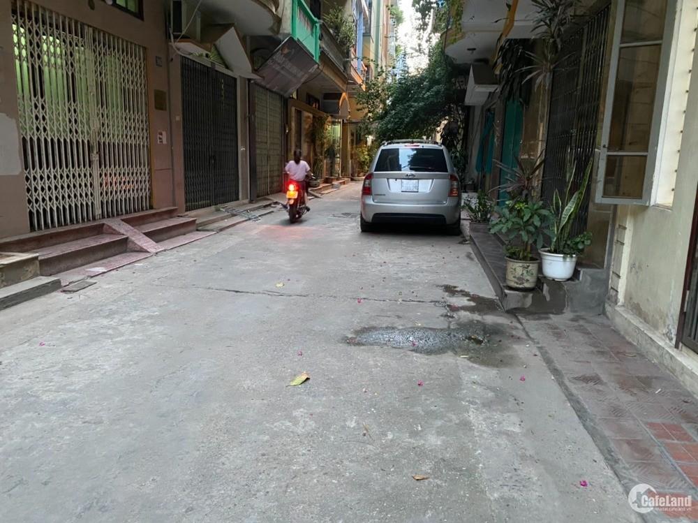 Nhà đẹp Phạm Văn Đồng, phân lô kinh doanh, ôtô đỗ cửa 40m2 giá tốt 3.68 tỷ.