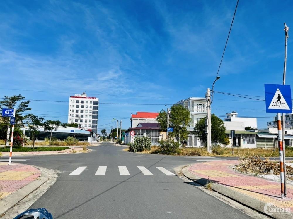 Bán đất tái định cư K8 Đầm Thuỷ Triều Bãi Dài Cam Ranh giá rẻ. LH: 0909277255