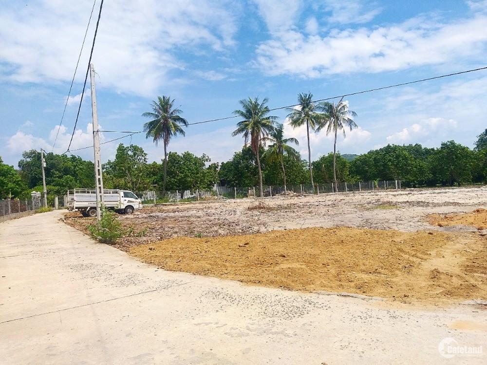 Bán đất sào giá rẻ, thích hợp phân lô,phù hợp thổ cư ở Cam Hải Tây, Cam Lâm,KH