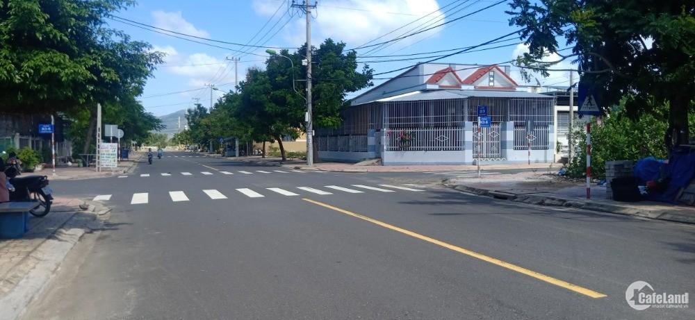 Bán Đất MT K8 Tái Định Cư Cam Hải Đông Bãi Dài Cam Lâm. LH. 0973078745