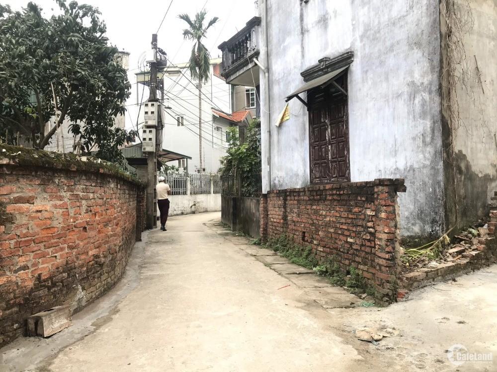 Đất thị trấn Trâu Qùy, Gia Lâm, giá chỉ 1 tỷ. Lh 0929.453.196
