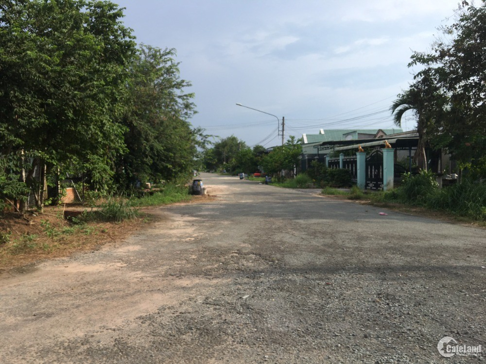 Bán lô đất sổ sẵn ngay Phú Giáo ngang 10 dài 30 chỉ 1 tỷ giá bao sang tên.