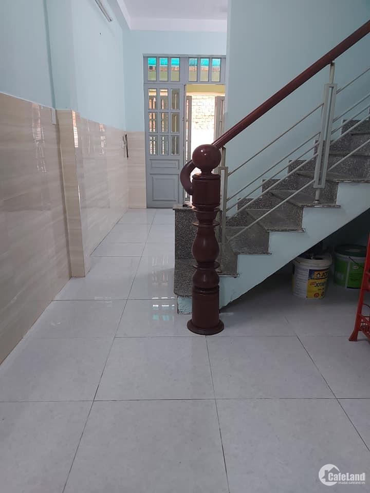 Nhà đường Nguyễn Chánh Sắt Quận Tân Bình 55m2 2 tầng giá chỉ 5.3 tỷ