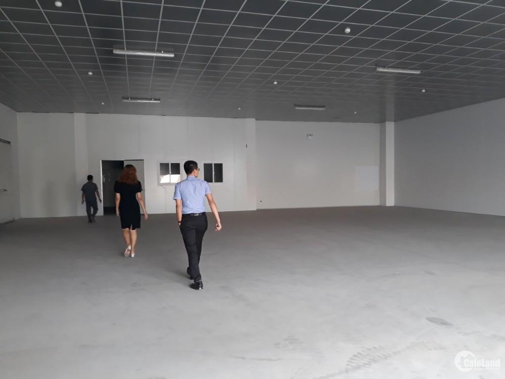Cho thuê xưởng 600m2, có trần thạch cao, sàn sơn Epoxy. Khu CN Tiên Sơn