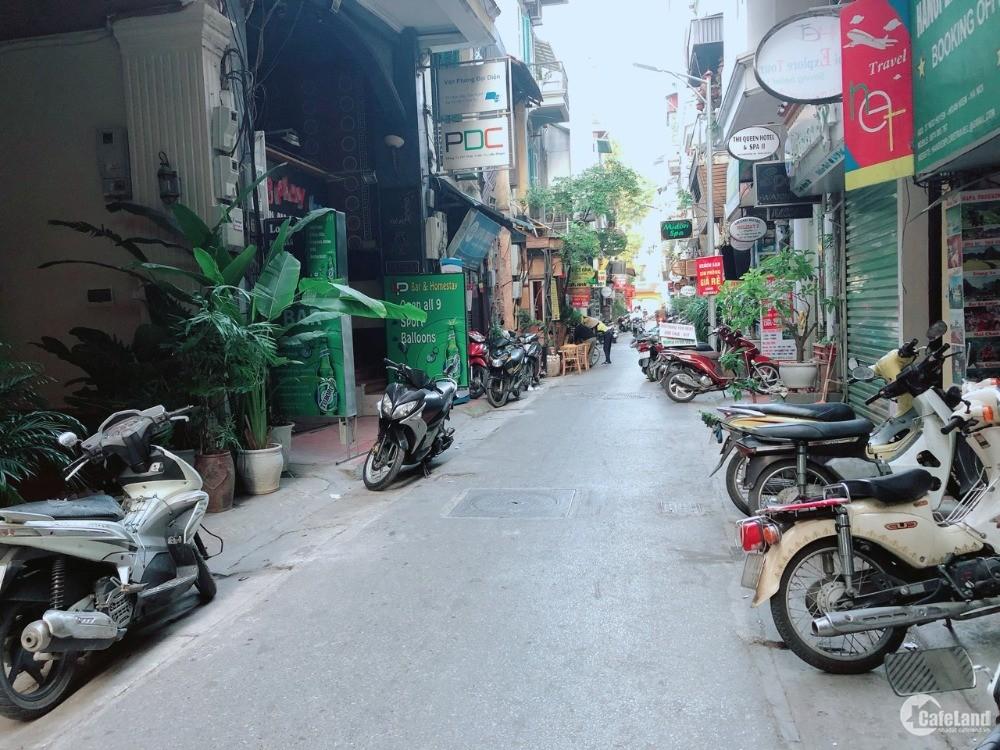 Nhà mặt phố cổ ngõ Huyện 30m, 6 tầng, 16.7 Tỷ Nhà thờ lớn Hà Nội