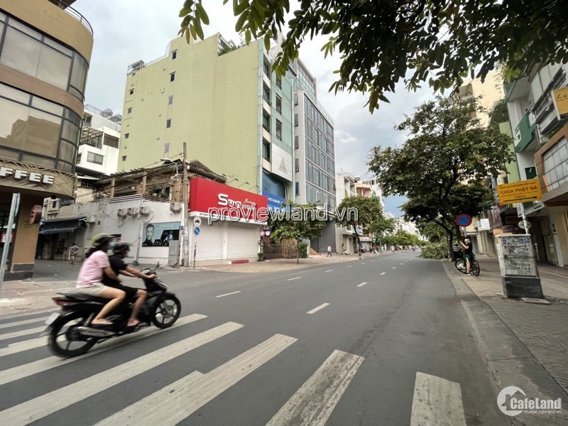 Bán nhà Quận 3, góc 2 MT Nguyễn Đình Chiểu, 1 tầng + 3 lầu, 120m2 đất
