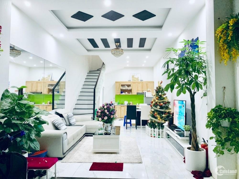 Nhà đẹp phố Khương Trung 34m, 4 tầng, ngõ thẳng to thông, kinh doanh, ôtô đỗ cửa