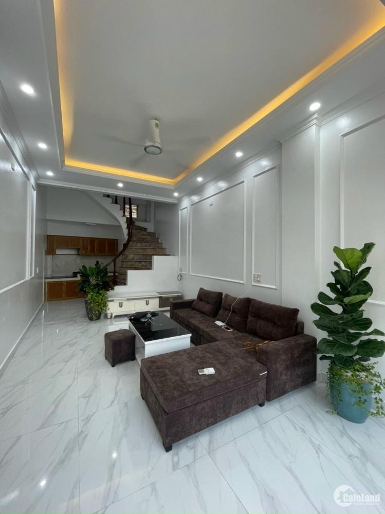 Bán nhà mặt phố Nguyễn Đình Chiểu, TP HD, 3 tầng, 35m2, mt 3.45m, 3 ngủ, KD buôn