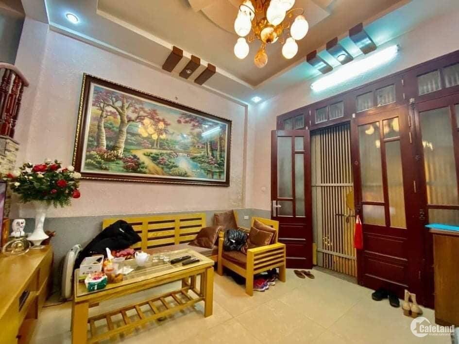 Bán Nhà Siêu đẹp, Lô Góc, DT 50m2 x 4T, MT 5m, Vĩnh Tuy, Hai Bà Trưng