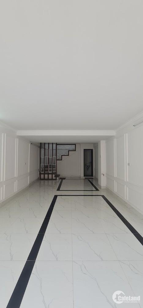 Bán nhà Mặt Ngõ Phố Bồ Đề- Long Biên- 5 tầng, nhà mới, gara ô tô: 5.55 tỷ
