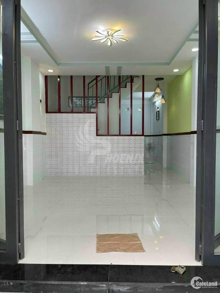 Chính chủ ngộp ngân hàng bán nhà Tân Phú 49m2 1 lầu 1 lửng hẻm ô tô 4m