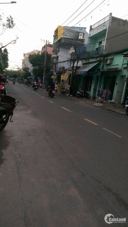 Nhà Mặt tiền kinh doanh, đường nhựa 16m, kế chợ Tân Hương, giá rẻ.