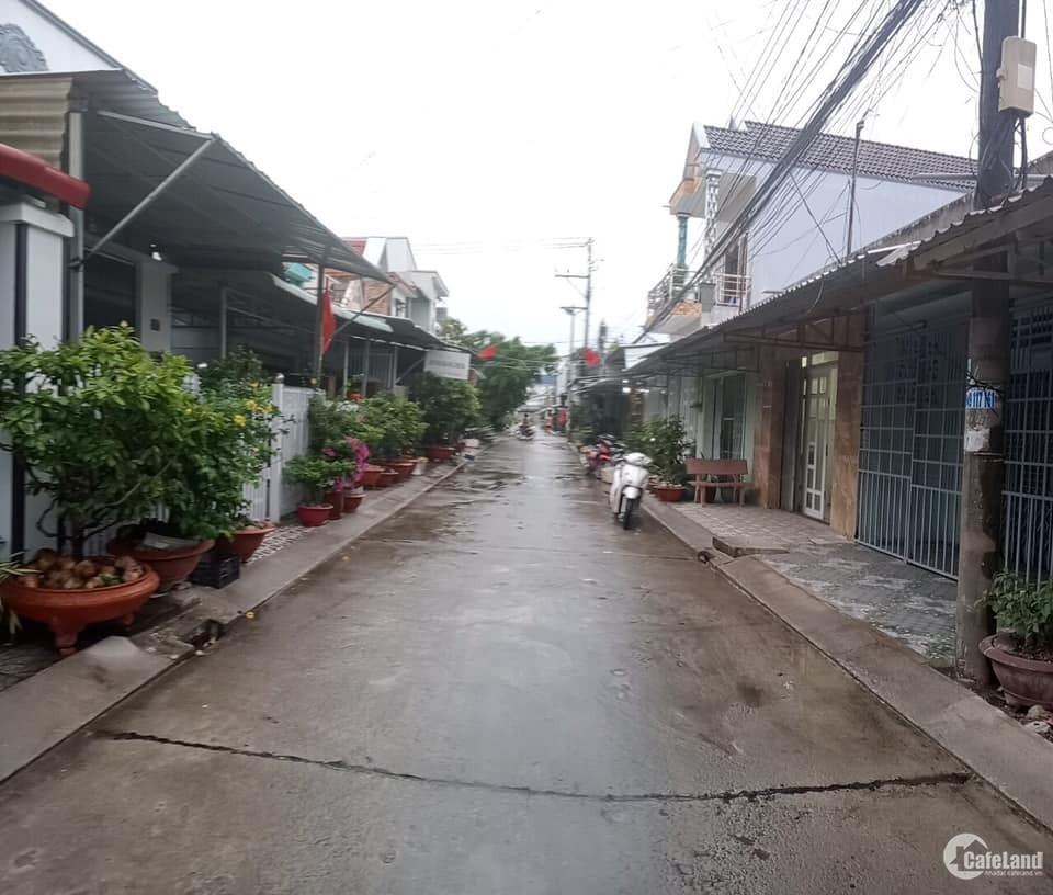 Bán nhà mặt tiền Nguyễn Tuân kế bên Cầu Vàm Trư, chợ 30/4