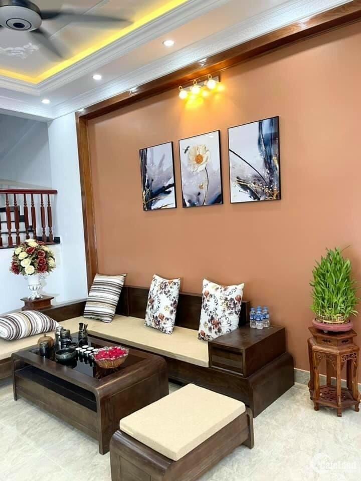 Bán nhà ngõ phố Quang Trung, TP HD, 50m2, 3 tầng, 3 ngủ, mặt tiền 4m, sân phơi,
