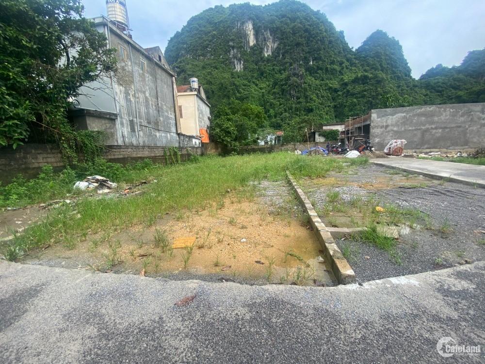 BÁN đất thổ cư Km9 - Quang Hanh - Cẩm Phả. Ô tô đỗ tận cửa. Giá chỉ 7xx triệu