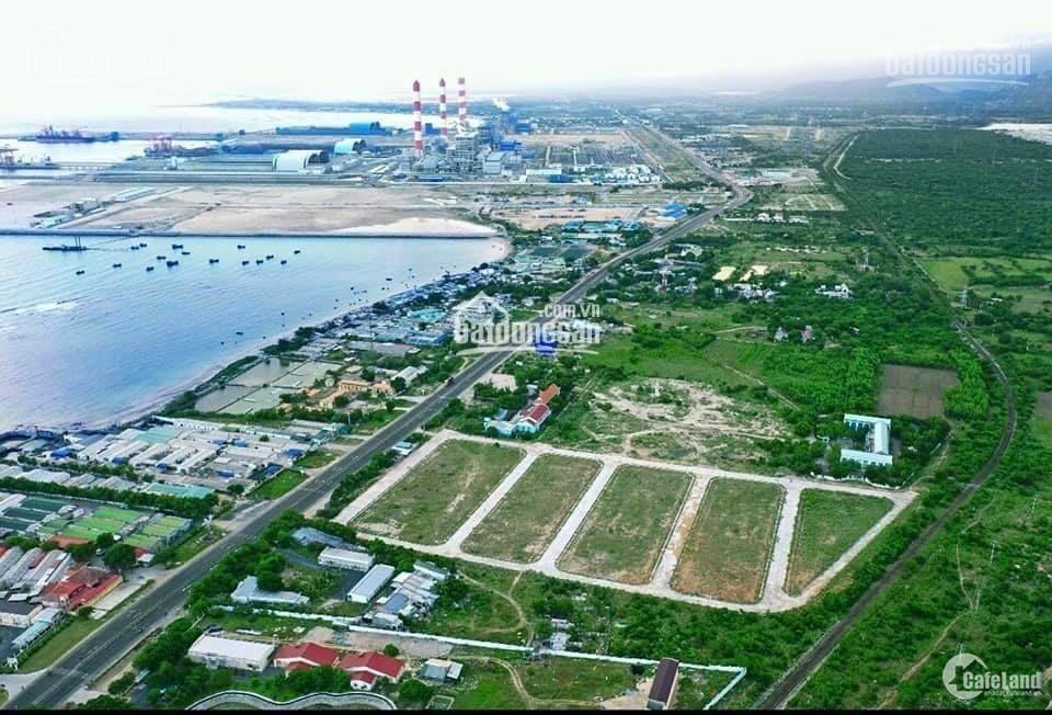Cần bán lô đất nền cảng biển Vĩnh Tân đã có sổ giá 10tr/m2. Liên hệ: 0862265595