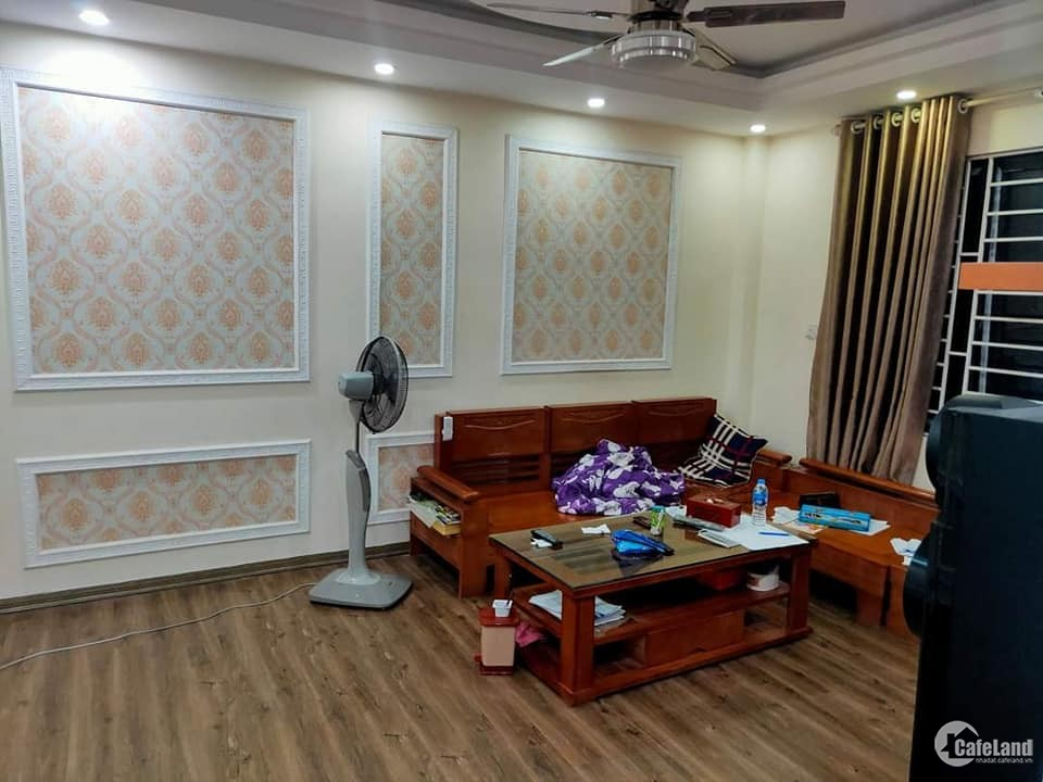 RẤT HIẾM!! Bán nhà đẹp Định Công- 42m2*5 tầng, 5PN - Giá 3,7 tỷ- Lô góc-