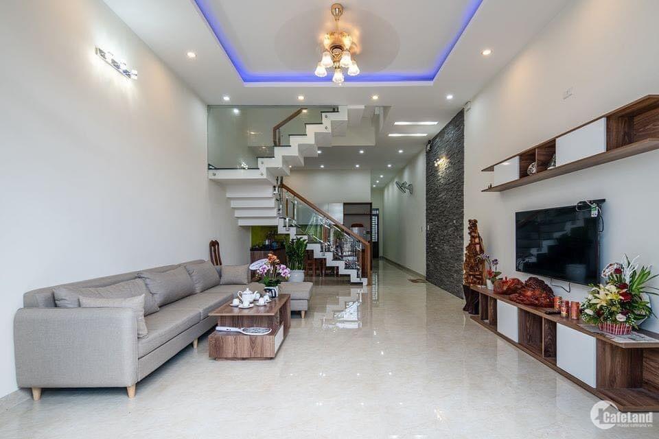Gấp bán nhà 4 tầng, 5PN 200m2, HXH, Trần Quang Diệu Q3 chỉ 9 tỷ 5