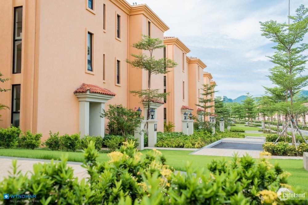 Wyndham Skylake Resort & Villas - Bất động sản nghỉ dưỡng ven đô trong quần thể