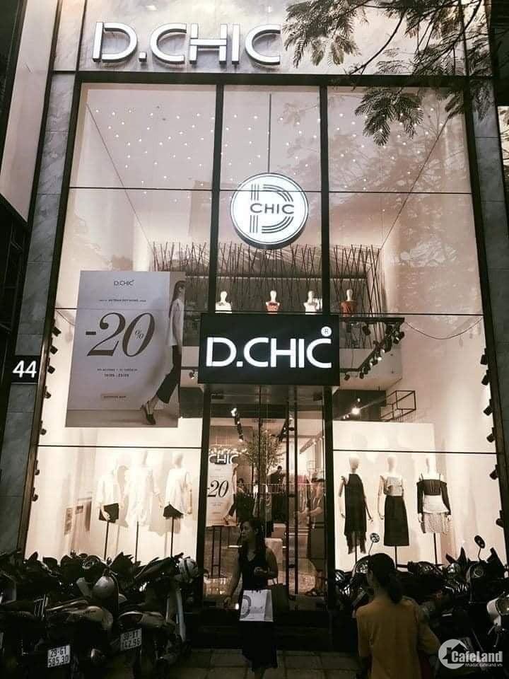Giảm 3 tỷ, bán nhà mặt phố Chùa Láng 3 tỷ bán nhà mặt phố Chùa Láng mặt tiền 5m.