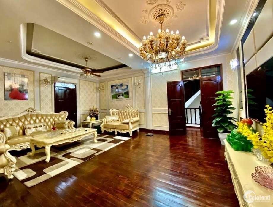 Tôi bán nhà mặt phố Tây Sơn, Nguyễn Lương Bằng gần Xã Đàn 238m2 chỉ 39.9 tỷ.