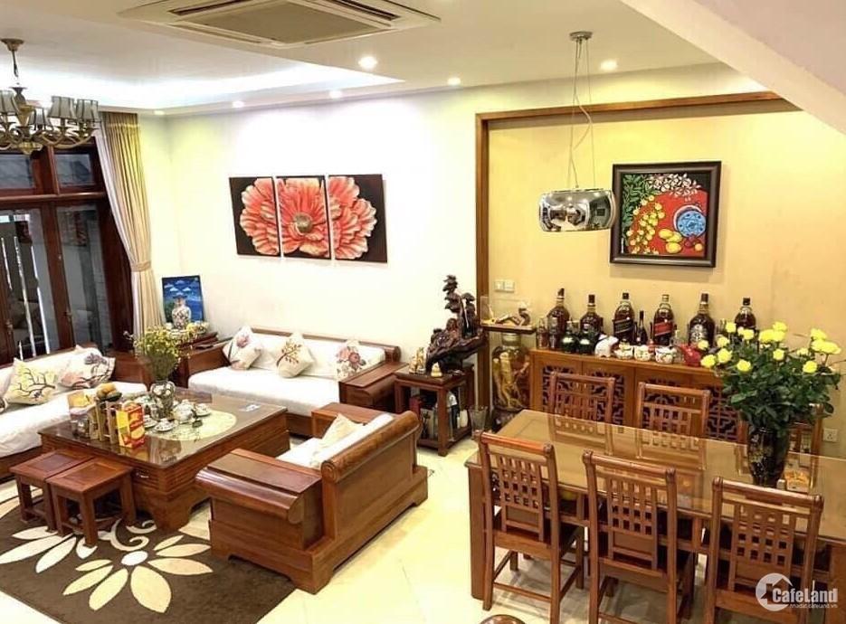 Siêu phẩm Trung Hòa 55m2, nội thất xịn, ngõ thoáng, khu dân trí cao,  6.5tỷ