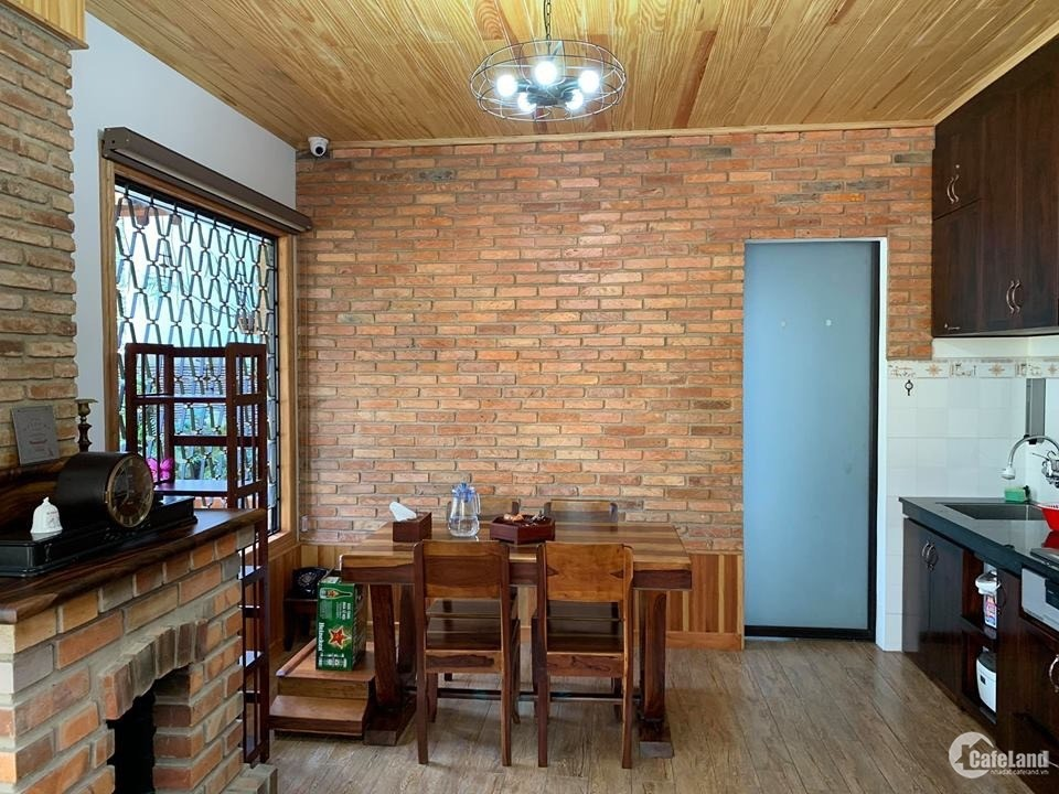 Cần bán nhà đẹp 2 mặt tiền đường TP-Đà Lat giá chỉ: