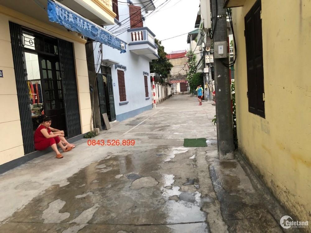 Bán nhà Ngọc Thuỵ, Lô góc- 3 thoáng - đường ô tô nhỉnh 50tr/m