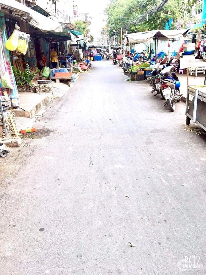 (Gò Vấp)Bán nhà mặt tiền hẻm chợ Căn Cứ,Lê Thị Hồng ,56m2, 6.3tỷ.