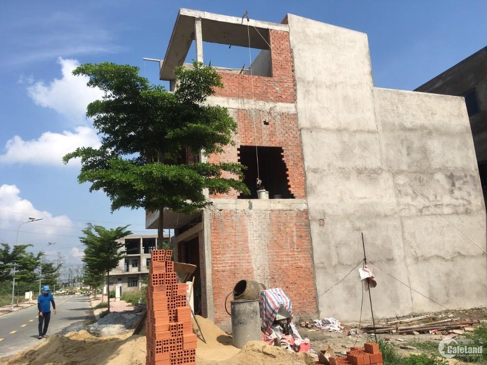 Bán gấp dự án Uni Mall P. An Phú Thuận An rẻ hơn thị trường 24tr/m2 0974618124