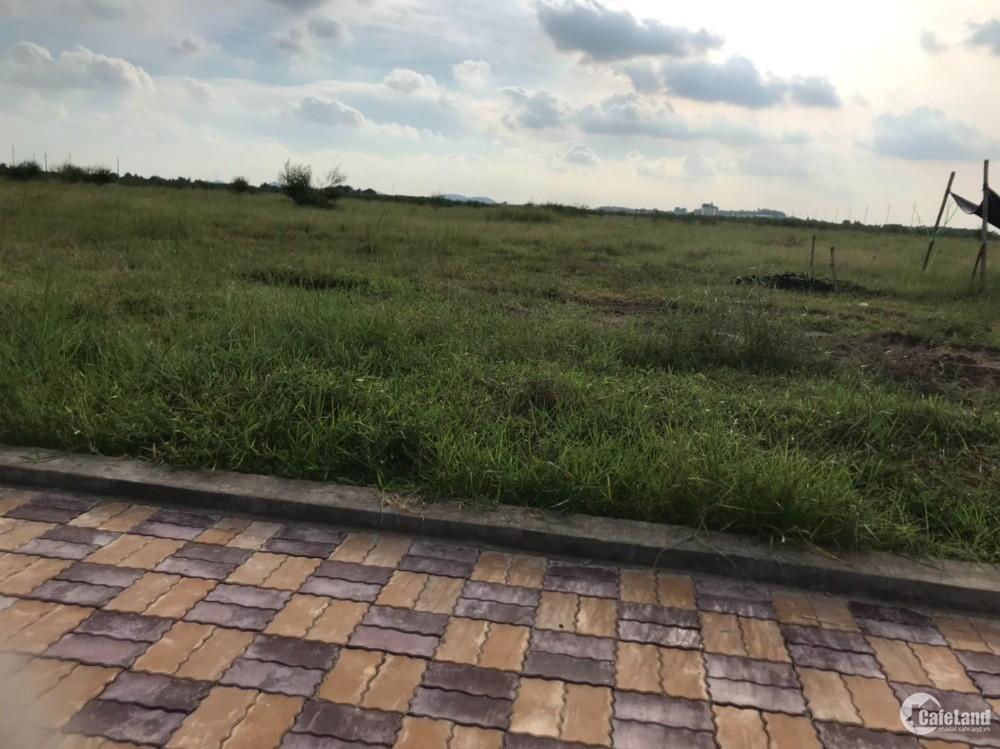 Lô đất KCN Yên Phong dt 10ha, đất bàn giao ngay, mặt trục chính KCN