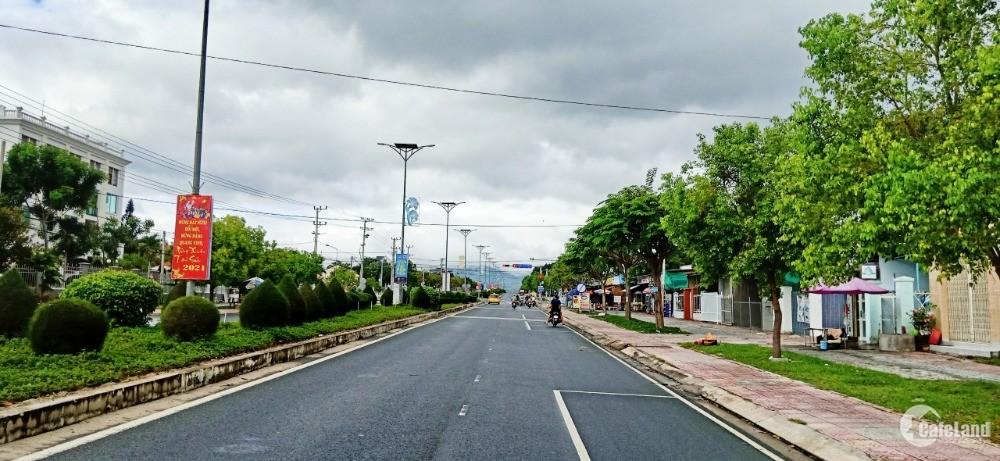 Bán Đất Cạnh Đinh Tiên Hoàng Cam Đức Cam Lâm Khánh Hòa. LH. 0973078745
