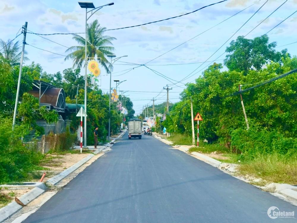 Bán đất giá rẻ,có thổ cư,2 mặt tiền đường Lê Lai Cam Đức Cam Lâm Khánh Hòa.