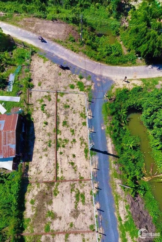 579 triệu sở hữu lô 2 Mặt Tiền giáp 2 mặt Sông gần cao tốc B-N đi ngang !